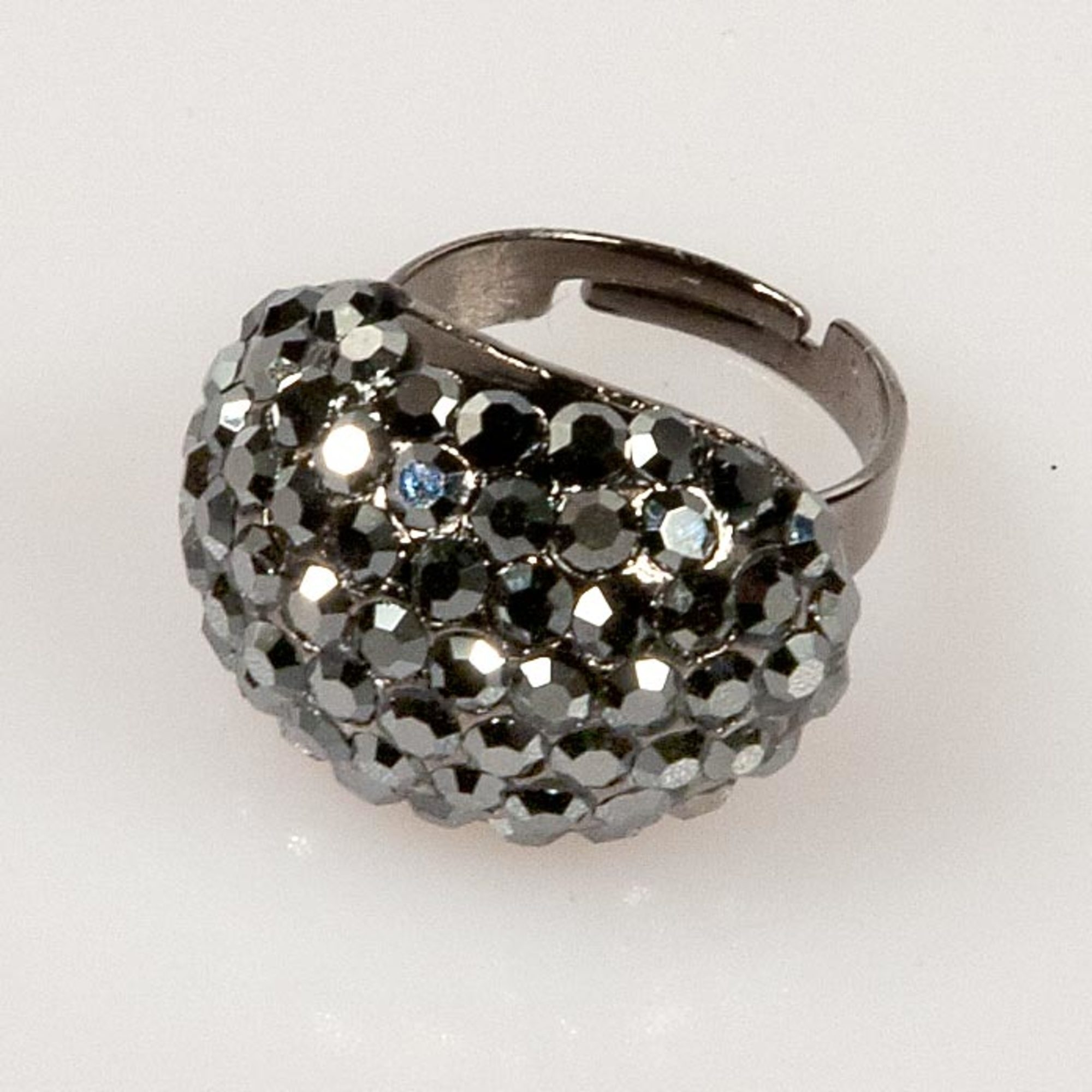 Oval Shape Ring - Black